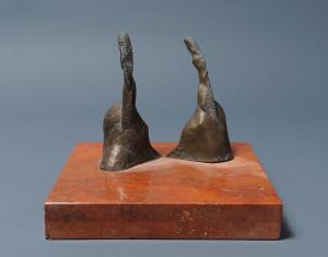 W stronę Modiglianiego II / Towards Modigliani II 2004, brąz, marmur / bronze, marble, 18×25×25 cm