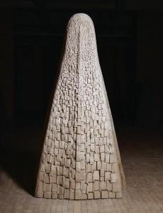 Tors IX / Torso IX z cyklu ?Torsy? / from the series Torsos, 2000, drewno polichromowane / polychrome wood, 180×100×45 cm